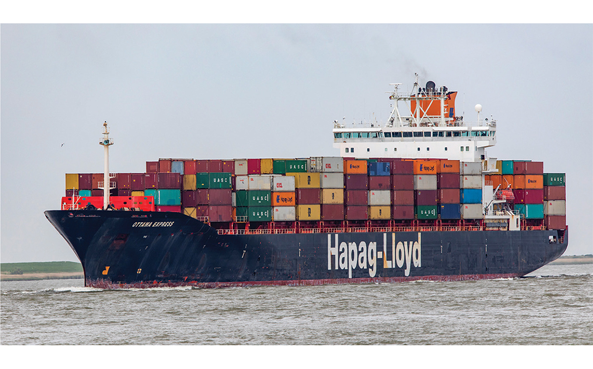 Containerschiff Hapag Lloyd 1200