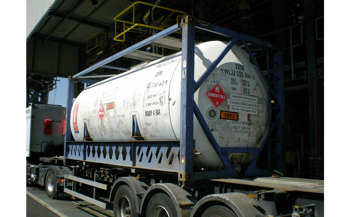 Tankcontainer combustible liquids 1200